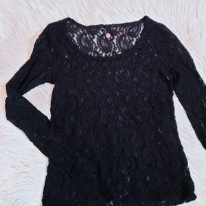 Lace long sleeve knit